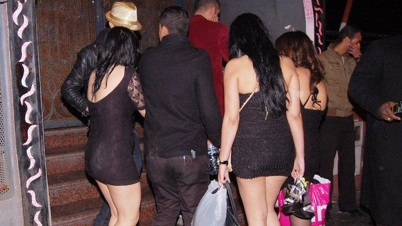 femme nue lesbienne escort girl ain