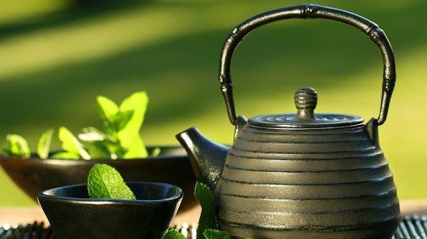 فوائد جمالية متعددة للشاي الأخضر على بشرتك