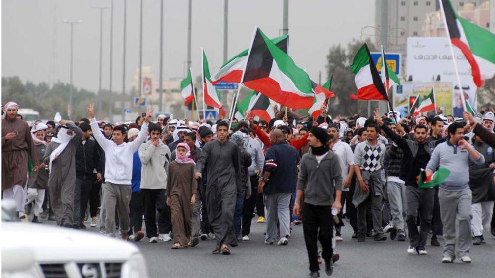 الكويت تمنح  البدون  تسهيلات محددة في الزواج والأحوال الشخصية   www.le360.ma