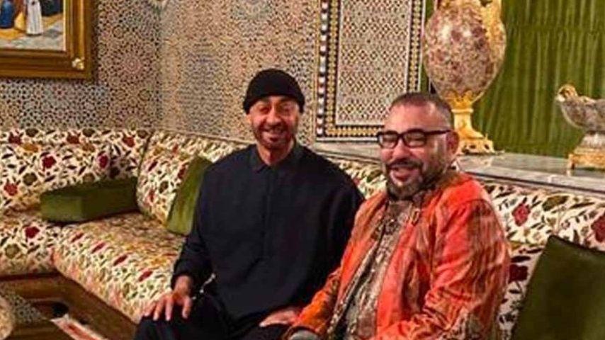 الملك محمد السادس يزور محمد بن زايد آل نهيان في مقر إقامته