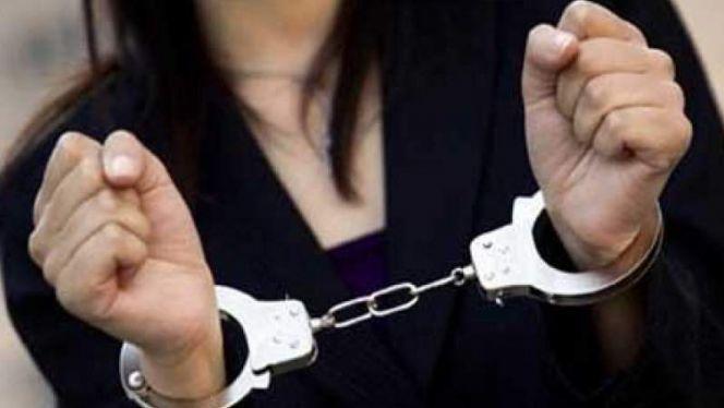 توقيف فتاة سلبت رجل اعمال مبالغ مالية بعد تهديده بنشر فيديو فاضح