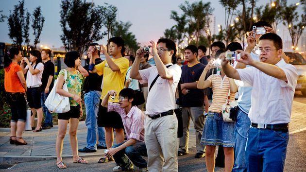 سياح صينيون
