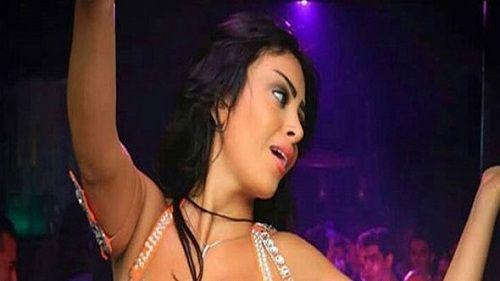 الراقصة مايا