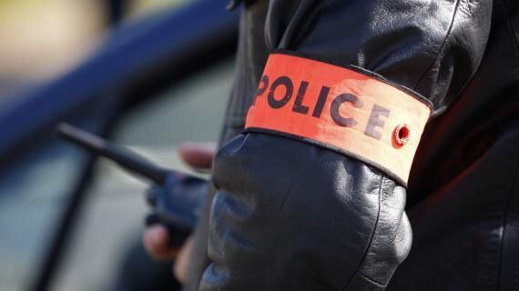 إيقاف شرطي