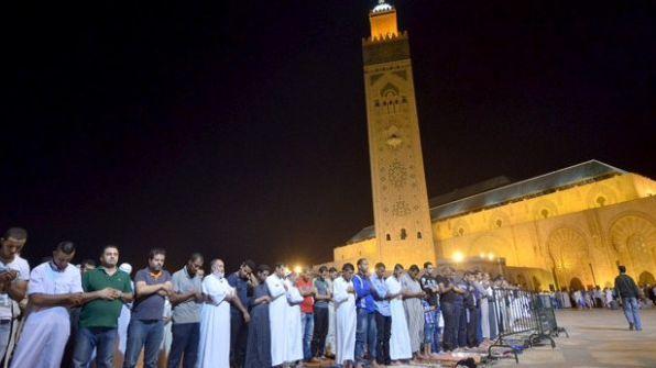 التراويح بمسجد الحسن الثاني