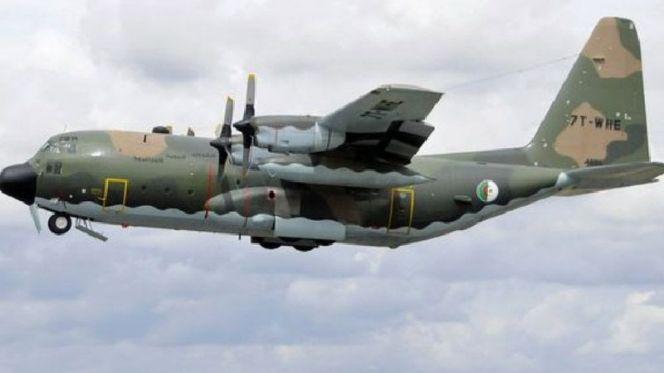 طائرة جزائرية