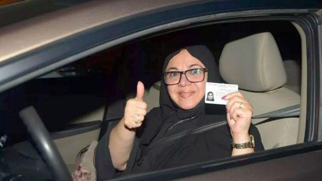 سائقة سعودية