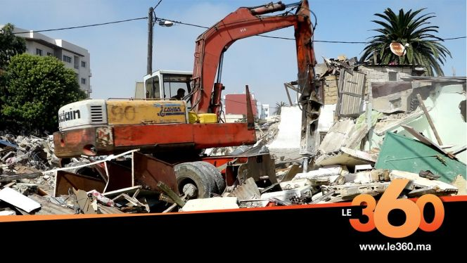 "cover Video -Le360.ma •بالفيديو. الداخلية تهدم دوار ""الواسطي"" أشهر كاريان بعين السبع"