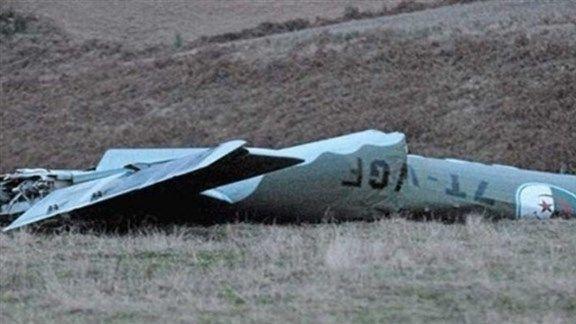 سقوط طائر عسكرية جزائرية
