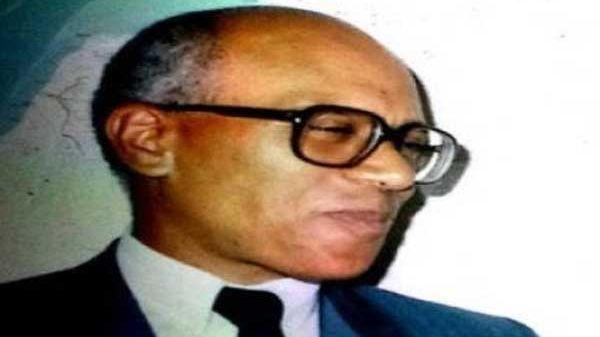 وزير الصحة السابق الطيب بن الشيخ