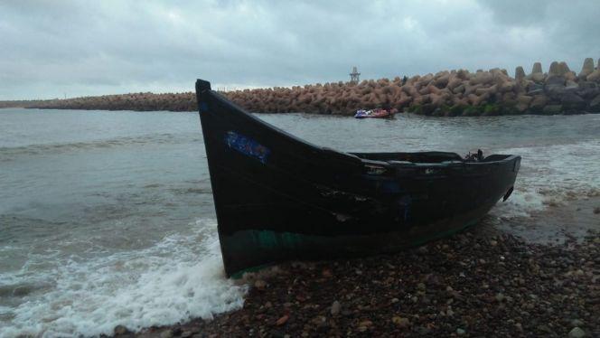 قارب هجرة سرية