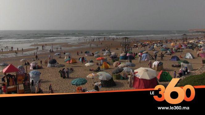 Cover_Vidéo: Le360.ma •شاطئ أكلو يسحر المصطافين المغاربة والأجانب