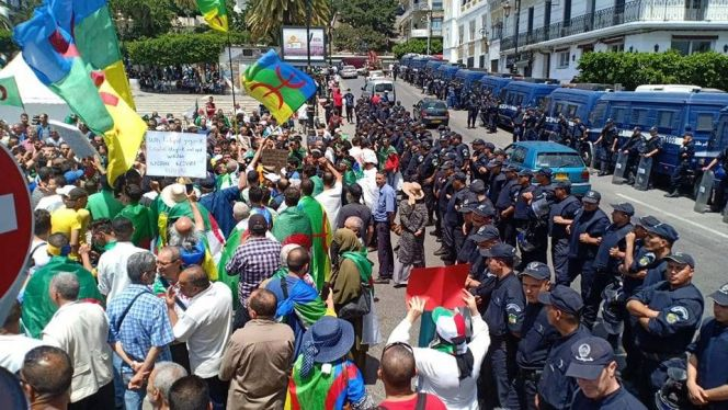 احتجاجات الجزائر 26