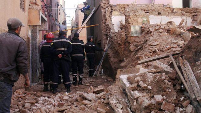 انهيار جدار منزل