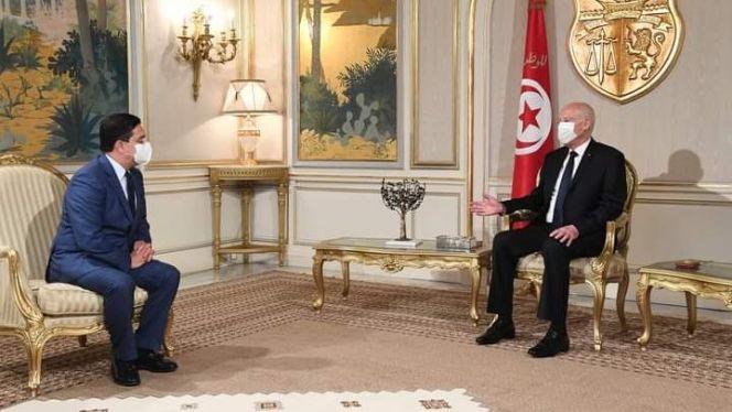 الرئيس التونسي عيس سعيد يستقبل وزير الشؤون الخارجية المغربي ناصر بوريطة.