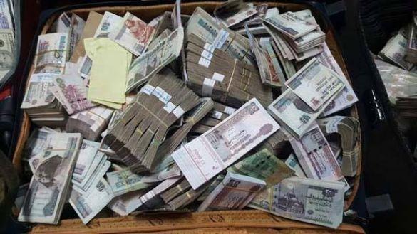 أموال في بيت مصري 3