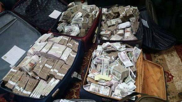 أموال في بيت مصري 2