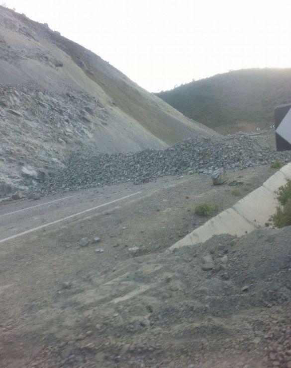 انهيار جبلي بتطوان 2