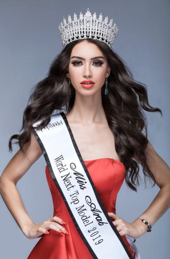 بالصور تتويج مغربية ملكة جمال العرب بلبنان Www Le360 Ma