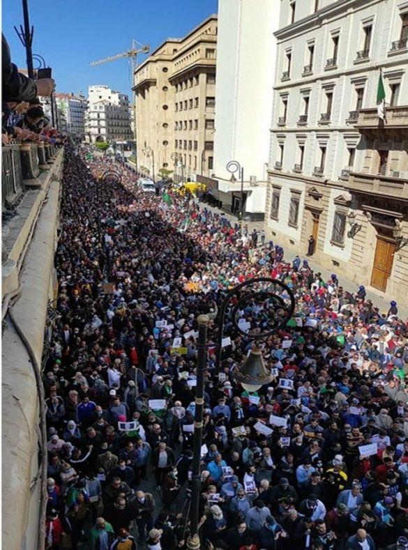 الحراك الجزائري يوم الجمعة 12 مارس 2021