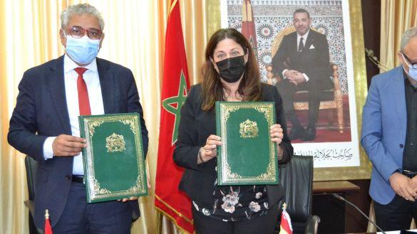 بالصور: جامعة وجدة والسفارة الإسبانية بالرباط يوقعان اتفاق شراكة وتعاون