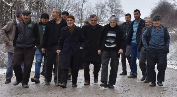 سكان قرية تركية