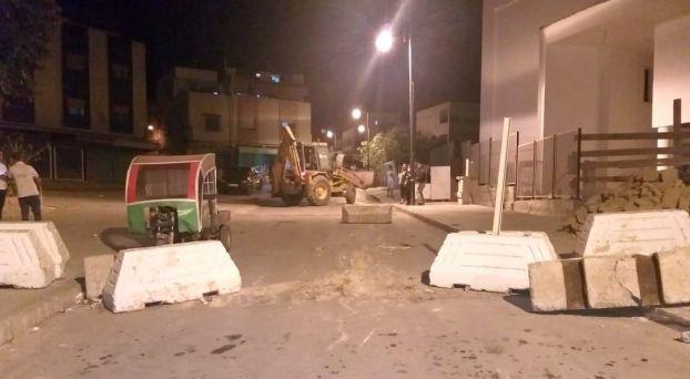 بالصور: سلطات طنجة تزيل الحواجز الإسمنتية من شوارع وأزقة المدينة