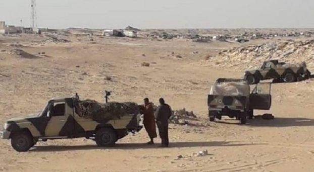 سيارات عسكرية تابعة للبوليساريو بمعبر الكركرات