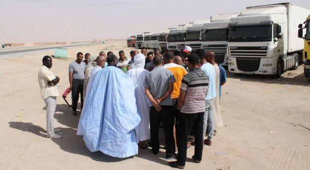 وفد برلماني موريتاني يزور السائقين المغاربة العالقين