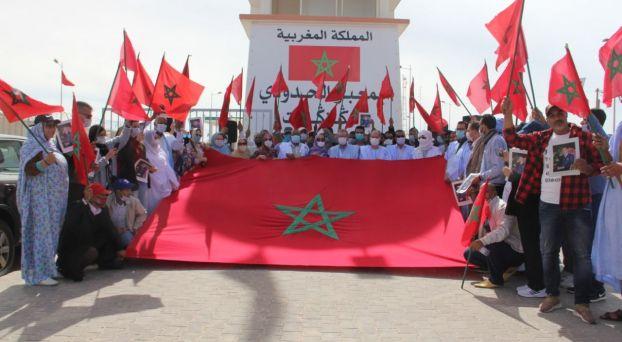 """لجنة متابعة قضية الصحراء المغربية بحزب """"الأحرار"""" تزور الكركرات"""