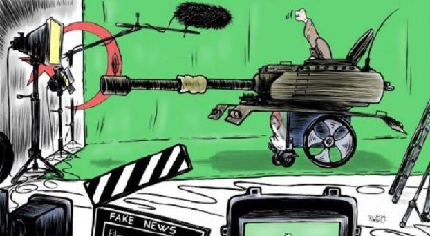 """كاريكاتير: الجيش الجزائري يسقط في دوامة السخرية بسبب """"إنتاجه"""" للأخبار الزائفة"""