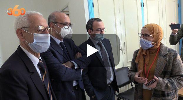 cover: لجنة علمية رفيعة تتفقد مراكز التلقيح ضد كوفيد 19 بفاس