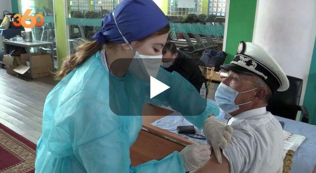 cover رجال الحموشي يتلقون الجرعة الثانية من لقاح كورونا بالبيضاء