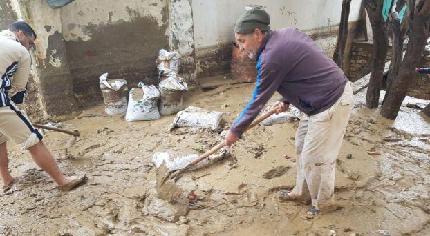 سكان تطوان يحصون خسائر السيول الجارفة