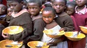 أطفال فقراء