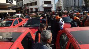 احتجاج طاكسيات
