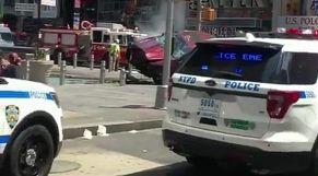 سيارة تدهس عشرات الأشخاص في وسط برشلونة