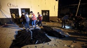 مقتل مغربي في قصف لقوات حفتر