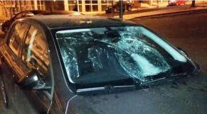 تكسير زجاج سيارة