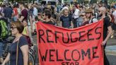 مظاهرات في أوروبا تضامنا مع اللاجئين