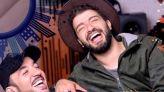 """بالفيديو: حمزة الفيلالي يقتحم عالم الغناء ويستعين ب """"الجوكر"""""""