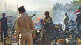 بالصور: حريق مهول يلتهم المستودع الجماعي بأزرو