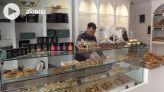 Cover_Vidéo: اقبال على الحلوى بطنجة لتقديمها هدية في عيد الفطر