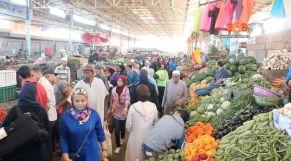 غلاف فيديو...  رمضان ينعش الحركة التجارية بسوق الأحد بأكادير
