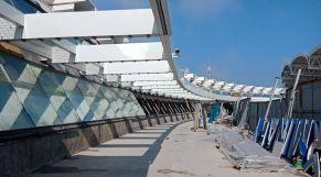 ساجد بالمطار  10