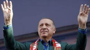 أردوغان يفوز بالانتخابات