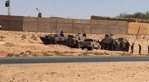 دبابات في مخيمات تندوف