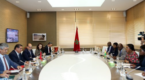 اجتماع مسؤولين مغاربة وغانيين
