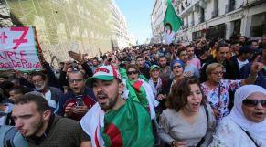 مظاهرات حاشدة في الجزائر
