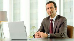 محمد بنشعبون، وزير الاقتصاد والمالية وإصلاح الإدارة.